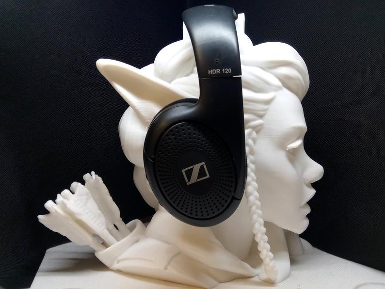 headphone elf head