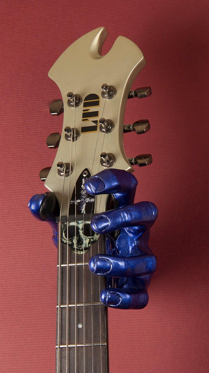 colgador blue hand
